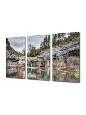Tablou Canvas Peisaj Cascada in lac
