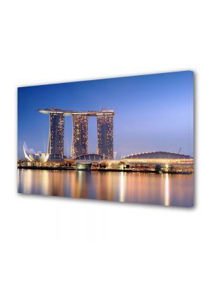 Tablou VarioView MoonLight Fosforescent Luminos in Urban Orase Port in Singapore