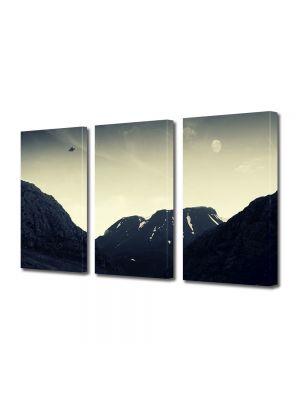 Set Tablouri Muilticanvas 3 Piese Vintage Aspect Retro OZN peste munti