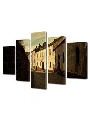 Set Tablouri Muilticanvas 5 Piese Vintage Aspect Retro Straduta in oras medieval